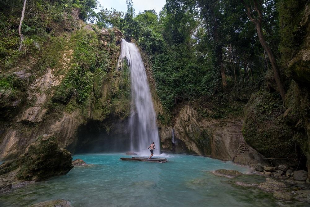 Inambakan Falls - Cebu Island - The Philippines - Banana Journey
